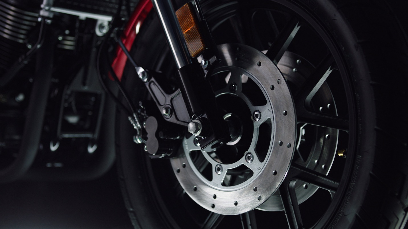 https://www.gpxthailand.com/images/product/legend-250-2019/KeySelling/Legend250-disc_brake.jpg